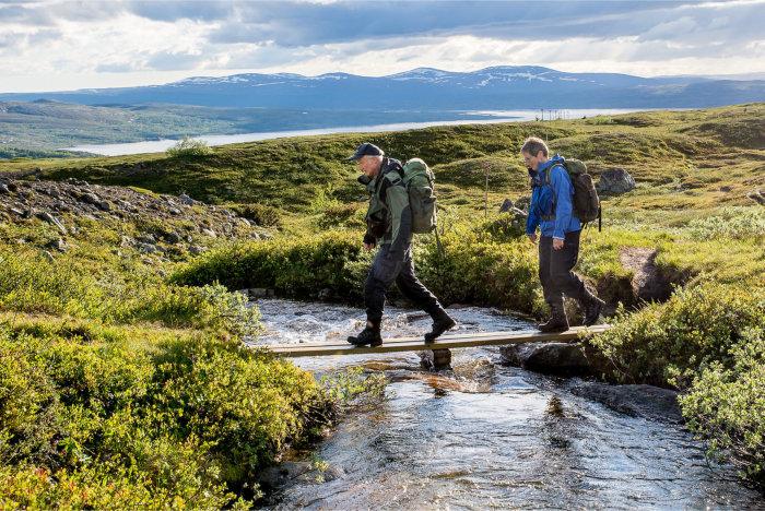 Fotturister ute på tur øst for Nedalshytta i Tydal. Foto Geir Horndalen